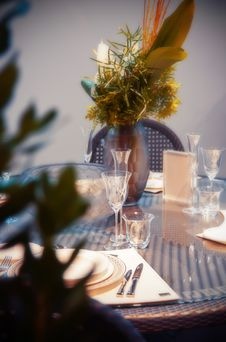 Free Party Table Royalty Free Stock Images - 28048239