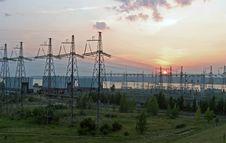 Free Power Plant Royalty Free Stock Photos - 28056038