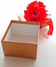 Free Gift Box With Red Bow Royalty Free Stock Photo - 28068725