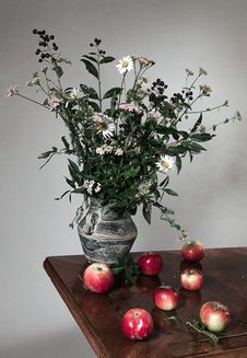 Free Autumn Still Life Royalty Free Stock Image - 28069326