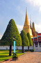 Free Golden Temple Dome & Spire At The Grand Palace. Stock Photography - 28070422