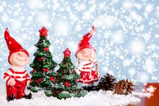 Free Christmas Decorations Stock Photography - 28076612