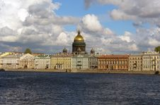 Free View At St. Isaac S Cathedral Royalty Free Stock Photo - 28090985
