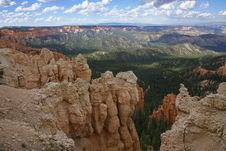 Free Great Spires Carved, Bryce Canyon Royalty Free Stock Photos - 28095358