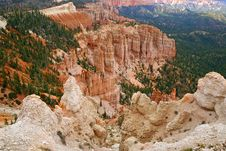 Free Great Spires Carved, Bryce Canyon Royalty Free Stock Images - 28095399
