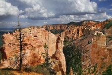 Free Great Spires Carved, Bryce Canyon Royalty Free Stock Images - 28095499