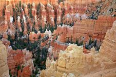 Free Great Spires Carved Away By Erosion In Bryce Royalty Free Stock Image - 28095676