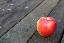 Free Apple Royalty Free Stock Photo - 2813955