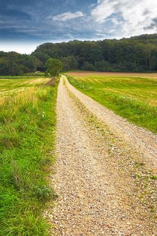 Free Dirt Road At The Countryside Royalty Free Stock Photos - 2817038