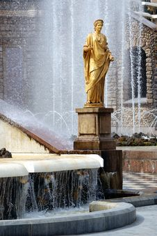 Free Fountains Royalty Free Stock Photos - 2819158