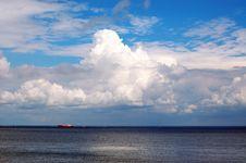 Free Blue Sea & Sky Stock Image - 2819271