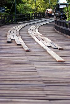 Free Wooden Walkway Royalty Free Stock Photo - 28106685