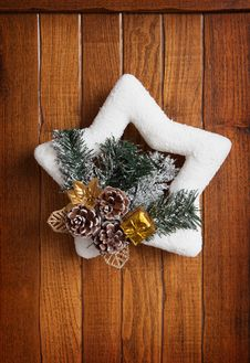 Free Christmas Wreath Stock Photography - 28106812