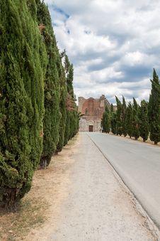 Free San Galgano Abbey Tuscany, Italy Stock Image - 28113211