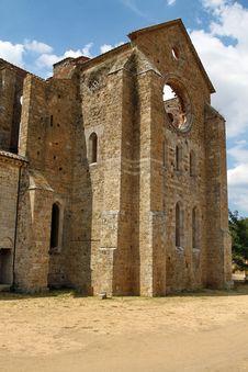 Free Abbey Of St. Galgano, Tuscany Stock Photography - 28113212