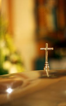 Free Cross In A Church Stock Photos - 28125223
