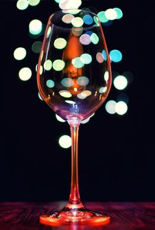 Free Empty Wineglass Royalty Free Stock Image - 28127556