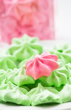 Free Meringue Cookies Stock Photos - 28135103