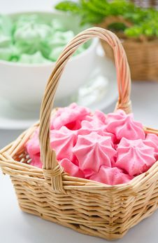 Free Meringue Cookies Royalty Free Stock Photo - 28135155