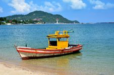 Free Boat In Sea At Eastern Thailand Stock Photo - 28136110
