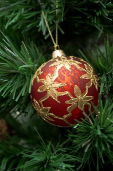 Free Christmas Tree Ornament Royalty Free Stock Photo - 28138955