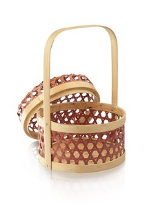 Free Bamboo Basket Isolates On White Stock Photography - 28150152