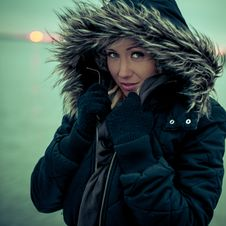 Free Girl In The Cold Stock Photo - 28170460
