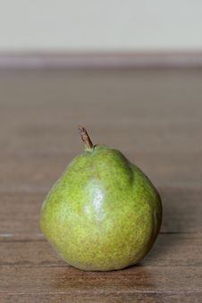 Free Green Pear Royalty Free Stock Photography - 28171777