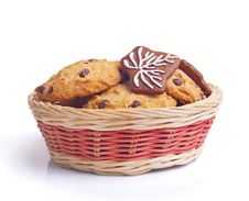 Free Christmas Cookies In Basket Stock Photos - 28180013