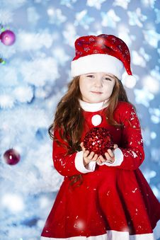 Free Cute Girl And Christmas Tree Stock Photography - 28195012