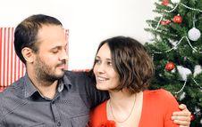 Free Happy Christmas Couple Stock Photography - 28195412