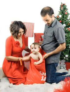 Free Christmas Family In A Studio Royalty Free Stock Images - 28195489