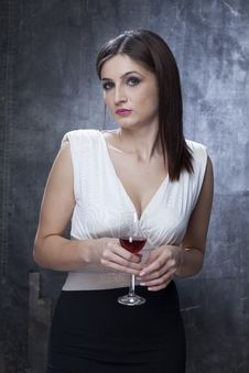 Free Female Tasting Wine Royalty Free Stock Photography - 28197057