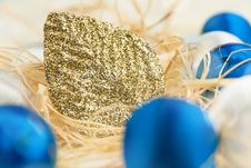 Free Christmas Card With Balls And Gold Leaf Royalty Free Stock Image - 28199486