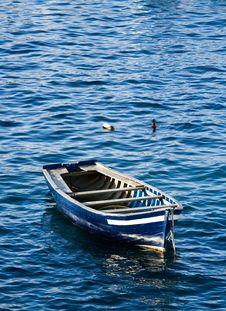 Free Small Fishing Boat Stock Image - 2823071