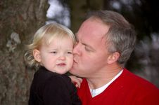 Free Daddy S Kisses Royalty Free Stock Image - 2824726