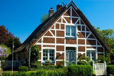 Free Gable Of A Thatched Cottage Royalty Free Stock Photo - 2825225