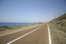 Free Desert Road In The Red Sea Region Royalty Free Stock Photography - 2825437