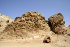 Free Dry Desert In Red Sea Region Royalty Free Stock Images - 2825469