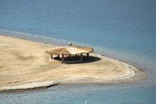 Free Reed Hut On Beach, Red Sea Royalty Free Stock Photos - 2825638