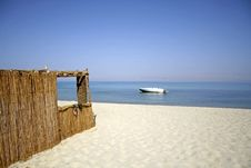 Free Reed Hut On Beach, Red Sea Stock Photography - 2825822