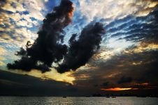 Free Polluted Sunset Stock Photography - 2828102