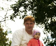 Free Dad With A Child Royalty Free Stock Photo - 2828165