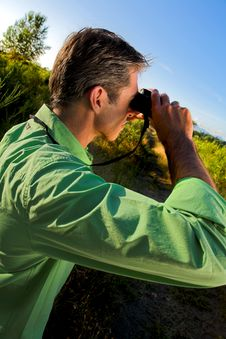 Free Man Using Binocular Stock Photography - 2829582