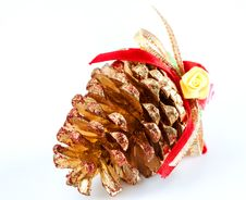 Free Pine Cone Decorated For Christmas Tree Royalty Free Stock Photography - 28211027