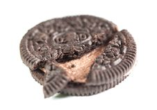 Free Chocolate Coookie With Cream Crack Close Up Stock Images - 28211084