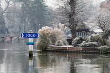 Free Winter On The RiverThames Royalty Free Stock Images - 28229509