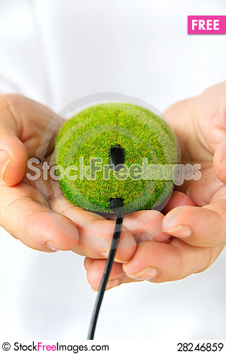 Free Hand Holding Eco Mouse Royalty Free Stock Images - 28246859