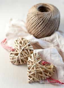 Free Hearts Made Of Straw Stock Photo - 28248110