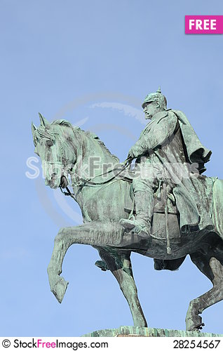 Free Cavalier Monument Royalty Free Stock Photography - 28254567